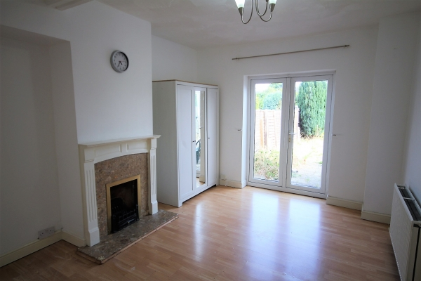 4 bedrooms, Becontree Avenue, RM8 2TR